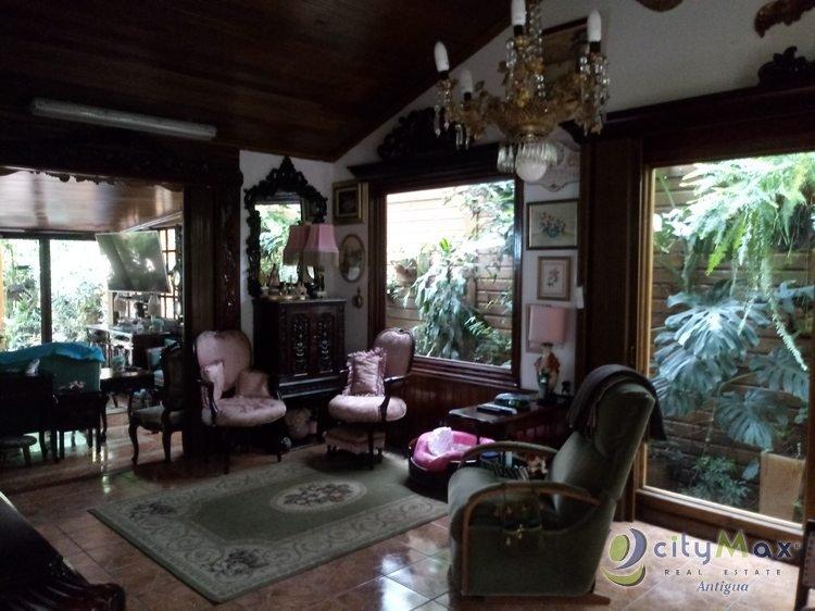 BELLISIMA casa VENDO en San Lucas. CityMax Antigua