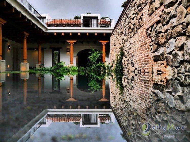 En Antigua se vende preciosa casa en Res. Jacarandas