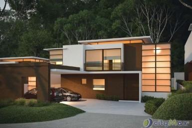 Casa en exclusivo condominio vecino a Cayalá zona 16