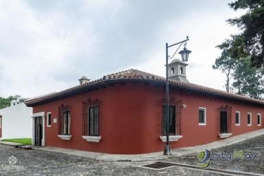 Casa en Exclusivo Residencial cercano Antigua !