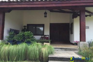 Se Vende y Alquila Exclusiva  Casa en Bosque Lindora.!