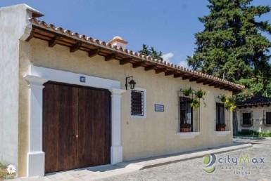 Bella Casa en Exclusivo Residencial en Antigua Guate!